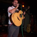 Solo Guitar by Andy McKee: Drifting