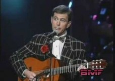 "Jim Stafford: His Guitar is ""No Laughing Matter"""