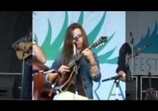 Clay Hess/Sierra Hull & Hwy 111: 'Smashville'