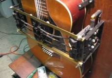 12 String Mechanical Guitar Plays Dust In the Wind