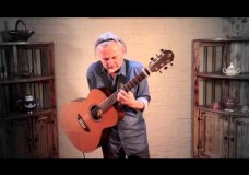 Andrés Godoy: Fingerstyle (and Chords) With One Hand