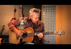 Close To You -Tommy Emmanuel – Up Close